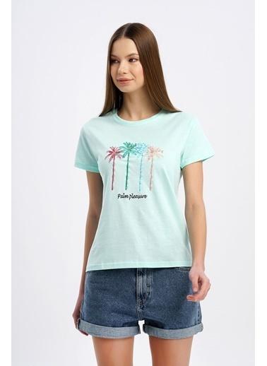 Nismia Renkli Palmiye Nakışlı Işlemeli Basic Tshirt Yeşil